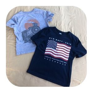 2 Old Navy T-shirts boys 4T